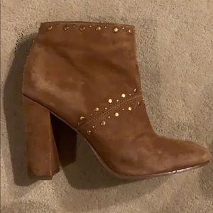 Sam Edelman tan/chestnut booties with gold studs